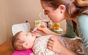 Аспиратор для новорожденных: 4 вида, правила использования и противопоказания