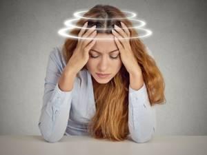 Что делать, если во время климакса кружится голова