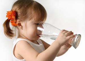 Если ребенок отравился грибами: обзор 8 симптомов отравления, первая помощь, профилактика