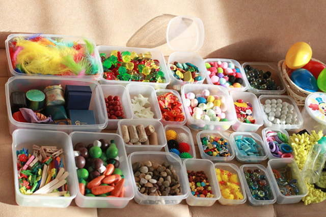 Игрушки Монтессори своими руками: материалы и 15 методик изготовления в домашних условиях
