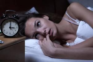 Как бороться с бессонницей при менопаузе