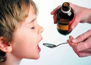 Как дать ребенку лекарство, чтобы не выплюнул: 6 советов от врача-педиатра