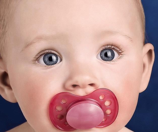 Как отучить ребенка от груди: 3 эффективных способа и важные правила от врача-педиатра