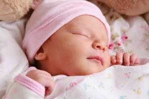 Как развивать ребенка в 2 месяца: рекомендации и советы педиатра, нормы и отклонения