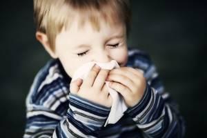 Капли в нос для детей: обзор 20 лучших сосудосуживающих, увлажняющих, гомеопатических, противовирусных капель