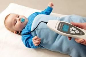 Когда новорожденный начинает слышать и как проверяют слух у грудных детей?