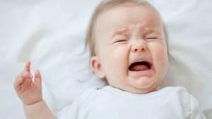 Колики у новорожденного: что делать и о 8 способах помощи малышу рассказывает доктор