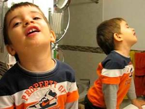 Лечение ангины у детей в домашних условиях: 5 правил полоскания горла