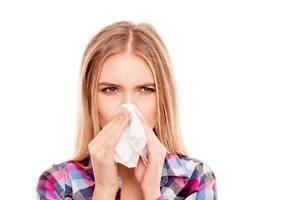 Может ли простуда повлиять на месячные