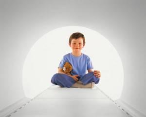 Мрт детям: 4 направления, 3 противопоказания, особенности процедуры