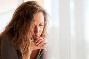 Почему появляется гипоменорея и чем ее лечить