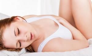Почему появляются белые выделения при беременности