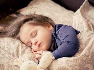 Почему ребенок кряхти или тужитсят: 9 причин, что делать, газы, запор, когда нужна консультация врача