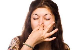 Почему выделения после месячных плохо пахнут