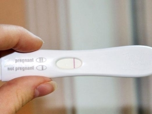 Причины боли в яичниках при задержке месячных