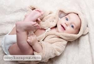 Развитие ребенка в 9 месяцев: 14 умений, как правильно развивать, нормы веса и роста